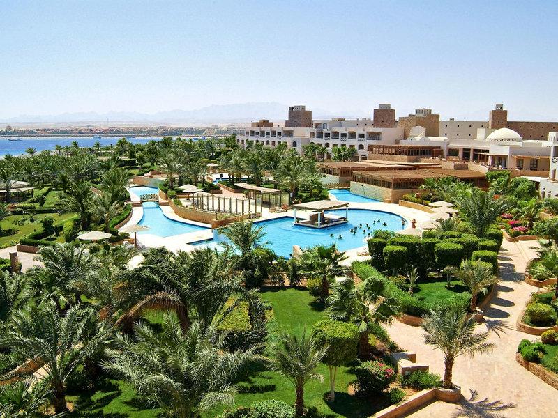 Fort Arabesque Resort & Spa, Villas & The West Bay