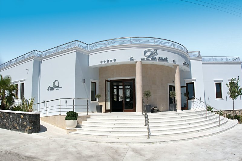 La Mer Deluxe Hotel and Spa Resort 5*, Kamari ,Grécko