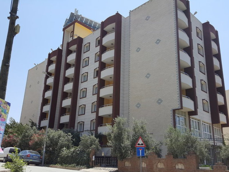 Golden Moon Apart Hotel