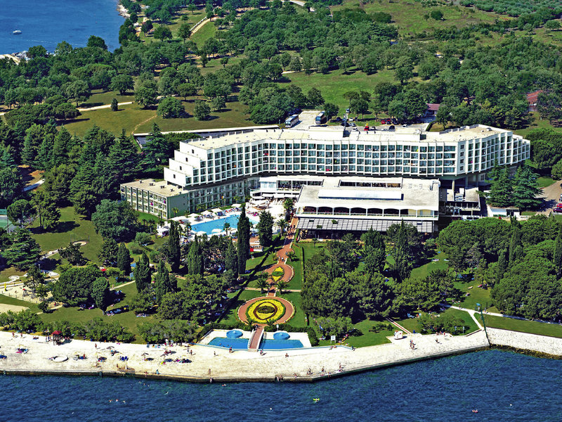Laguna Materada Hotel