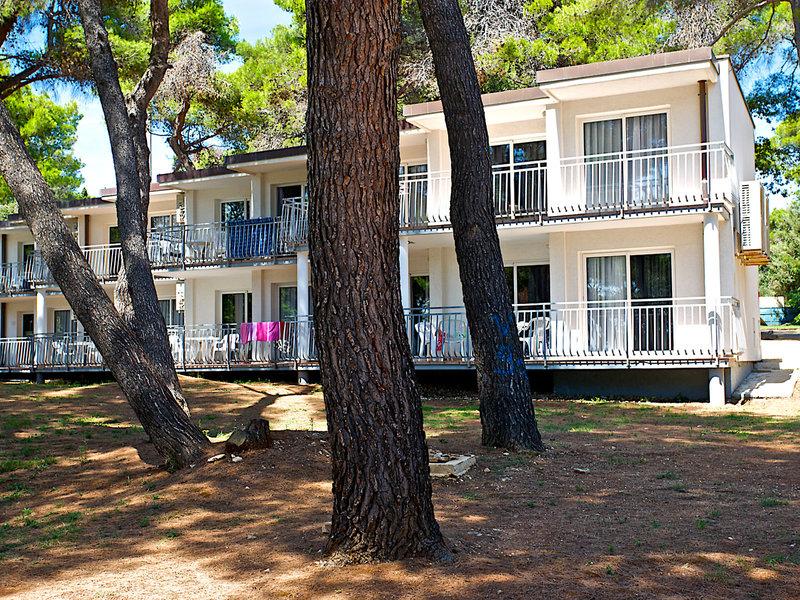 Arena Verudela Beach Resort & Verudela Villas