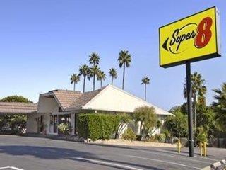 Super 8 Motel - Long Beach