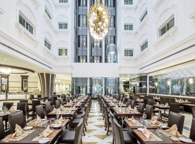 Holiday Inn Bur Dubai - Embassy District 5