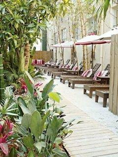 The Beach Plaza Hotel & South Beach Plaza Villas