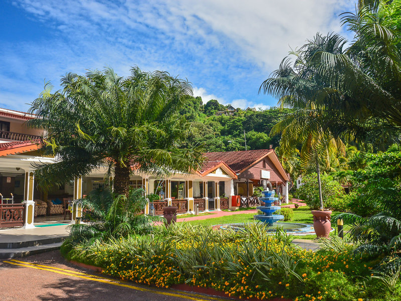Berjaya Praslin Resort - 4 Popup navigation