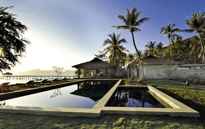 Cocotinos Sekotong Beach Resort