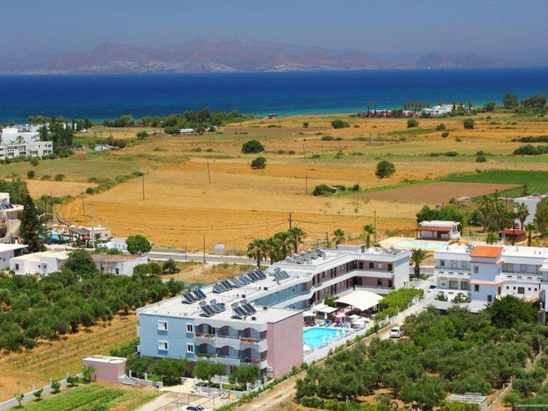 Marianna Hotel & Apartments