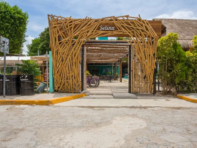 Selina Cancun Downtown 37