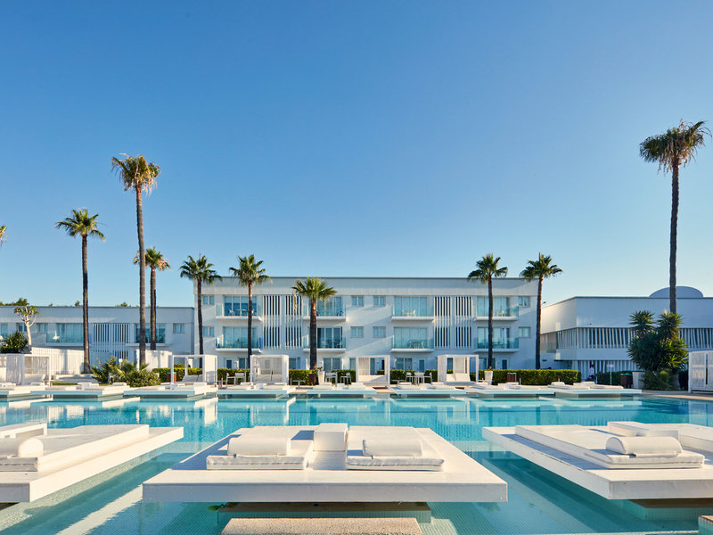 Atlantica So White Club Resort 1
