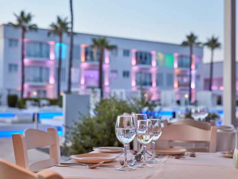 Atlantica So White Club Resort 9