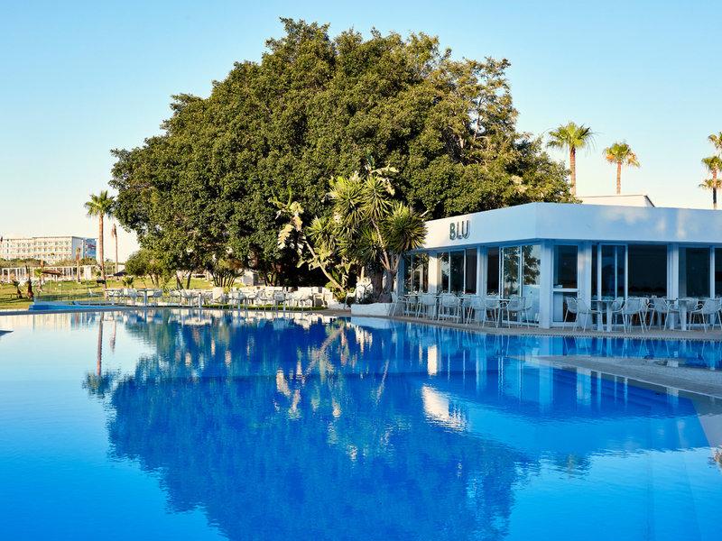 Atlantica So White Club Resort 11