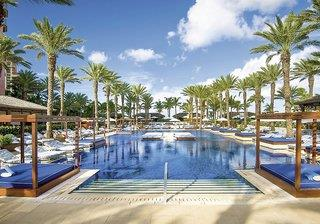 Atlantis Paradise Island - The Cove