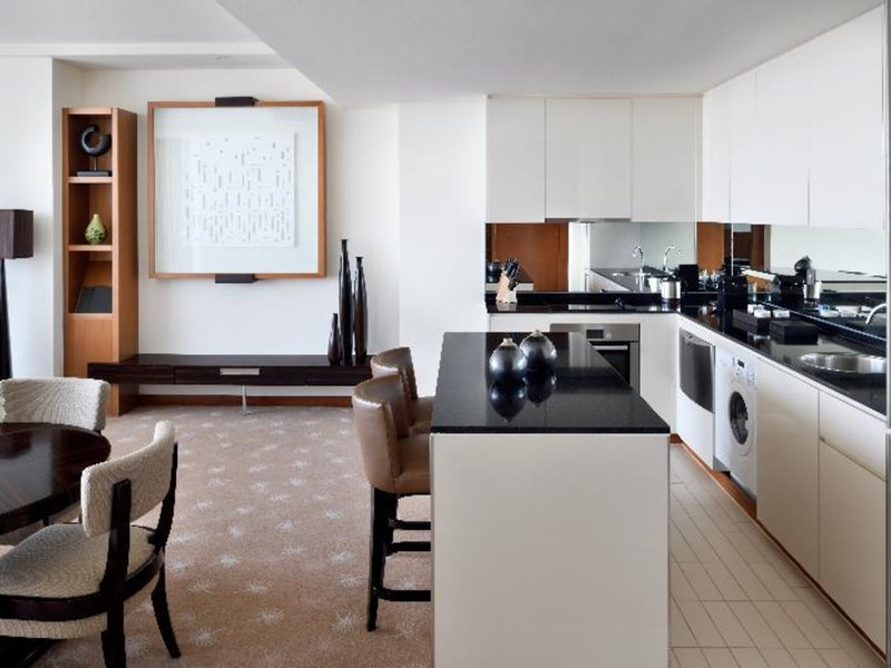 Intercontinental Residence Suites Festival City 36