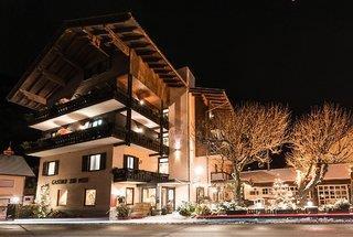 Hotel zur Post & Appartementhaus Kern