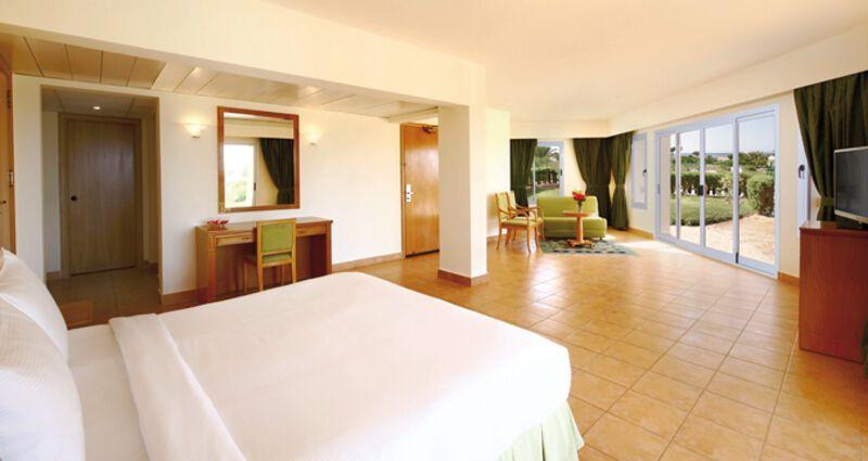 Long Beach Resort Hurghada 15