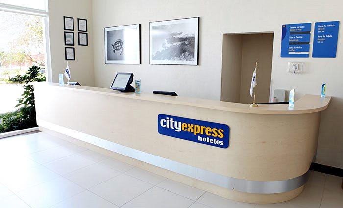 City Express Playa del Carmen - 23 Popup navigation