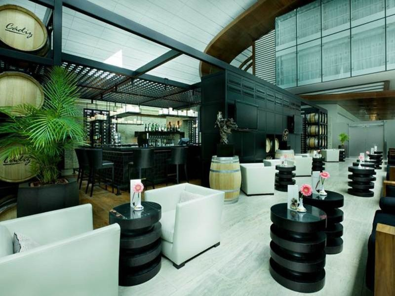 Dubai International Airport Terminal Hotel 16