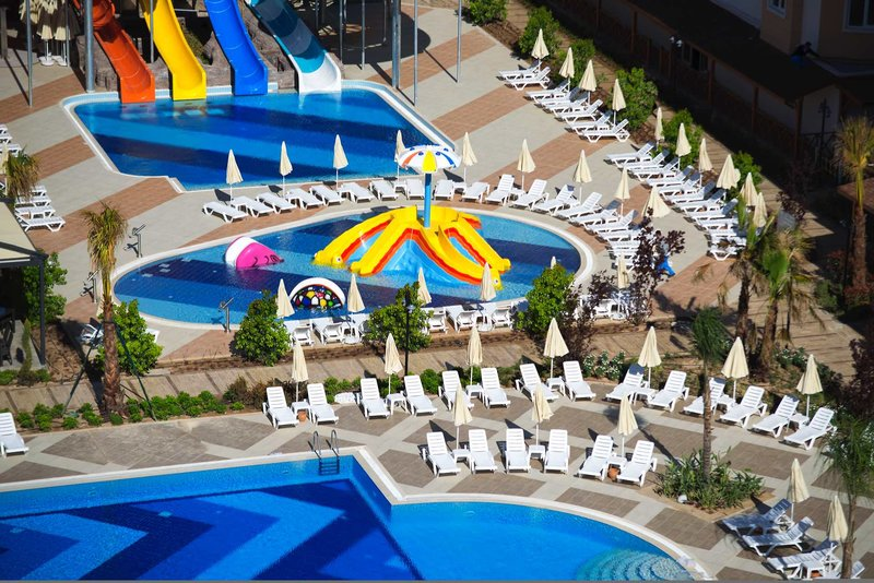 Ramada Resort Lara 2