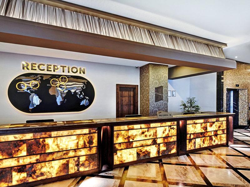 Jacaranda Hotel 21