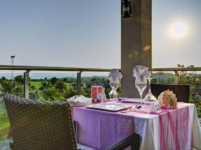 Jacaranda Hotel 35