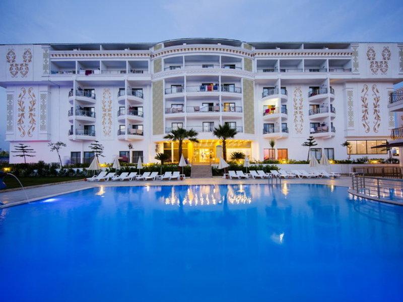IQ Belek Hotel