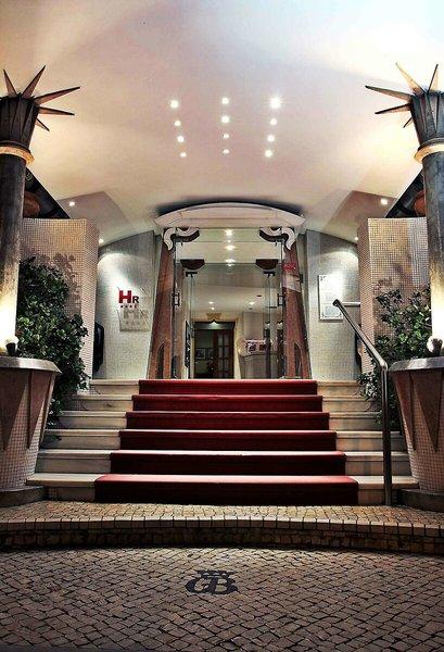Golden Tulip Porto Gaia Hotel