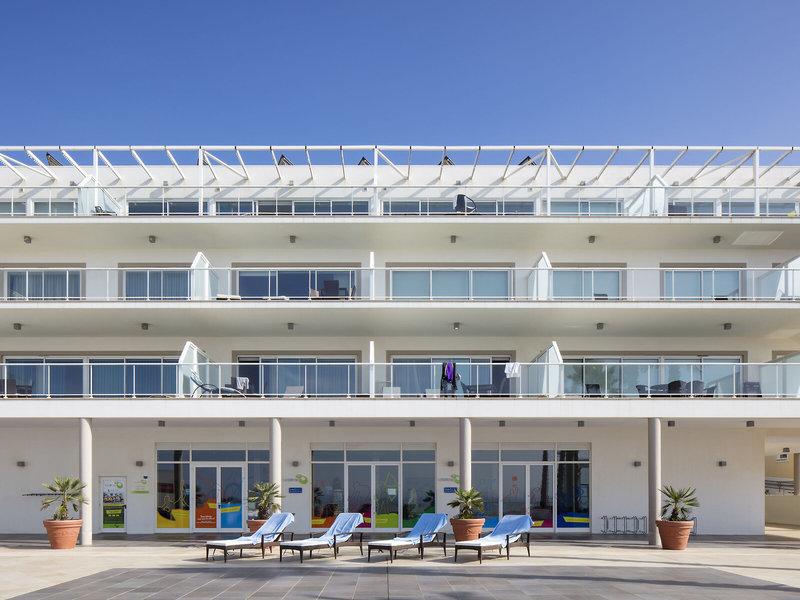 The Beachfront Praia d'el Rey