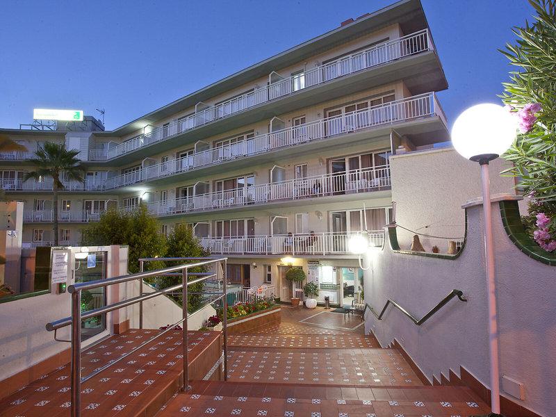 Ecuador Park Apartments