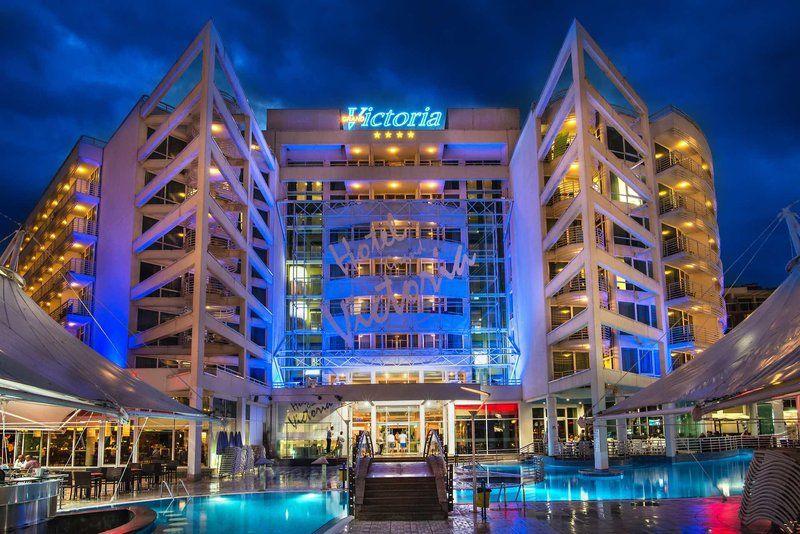 Effect Grand Victoria Hotel 3