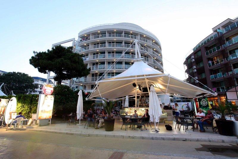 Effect Grand Victoria Hotel 5