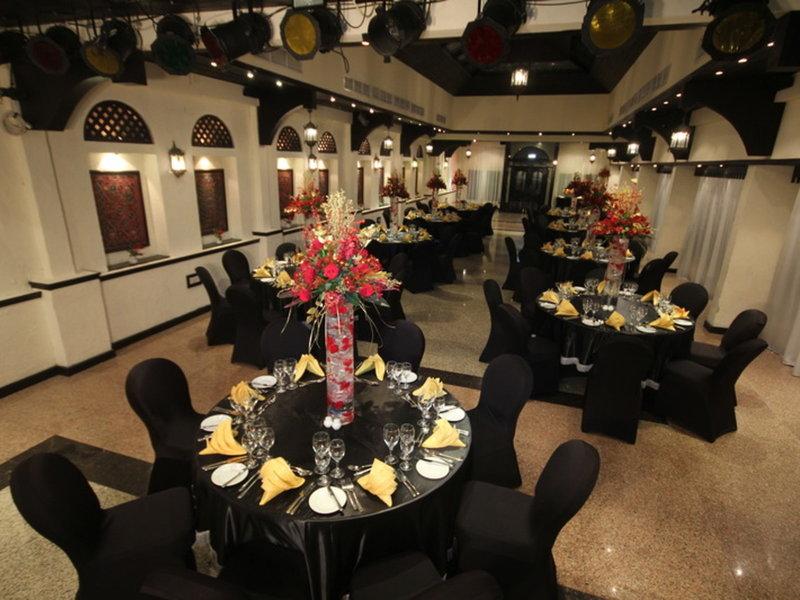 Arabian Courtyard Hotel & Spa 25
