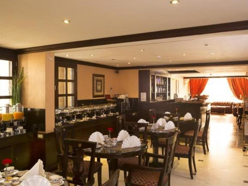 Arabian Courtyard Hotel & Spa 30