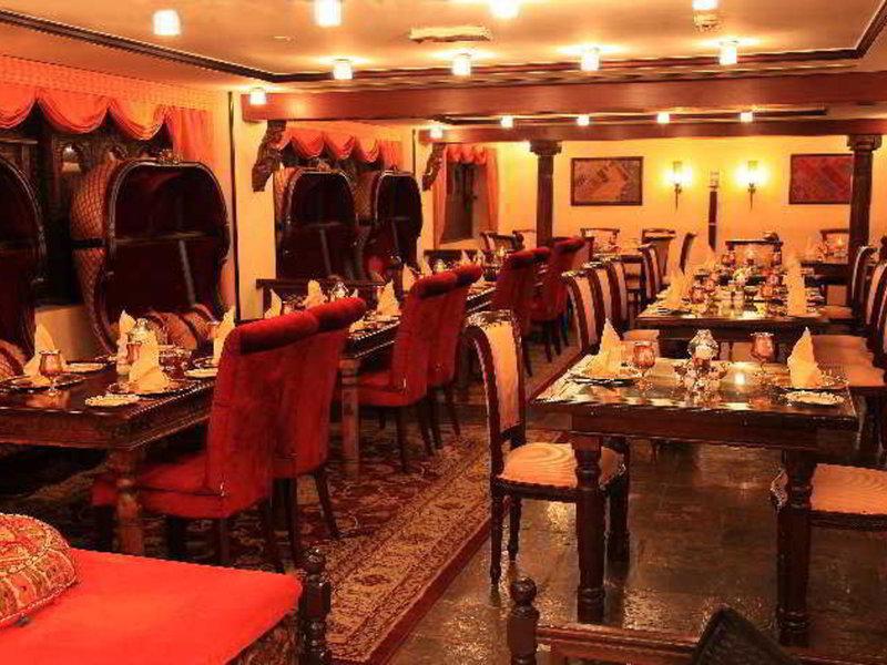 Arabian Courtyard Hotel & Spa 31
