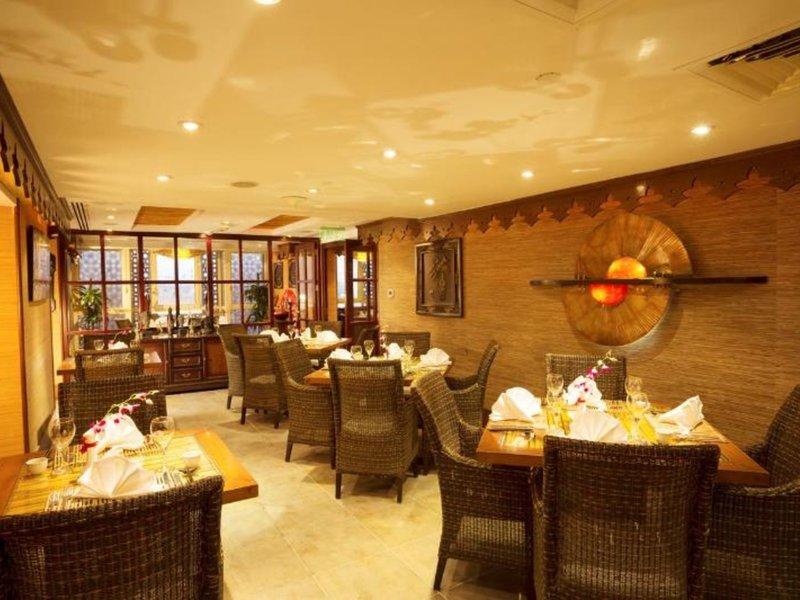 Arabian Courtyard Hotel & Spa 35