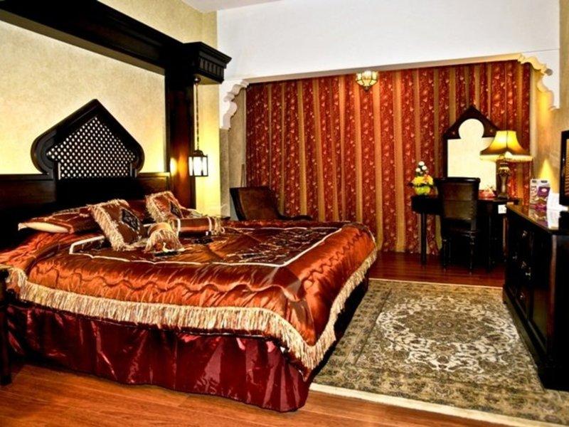Arabian Courtyard Hotel & Spa 37