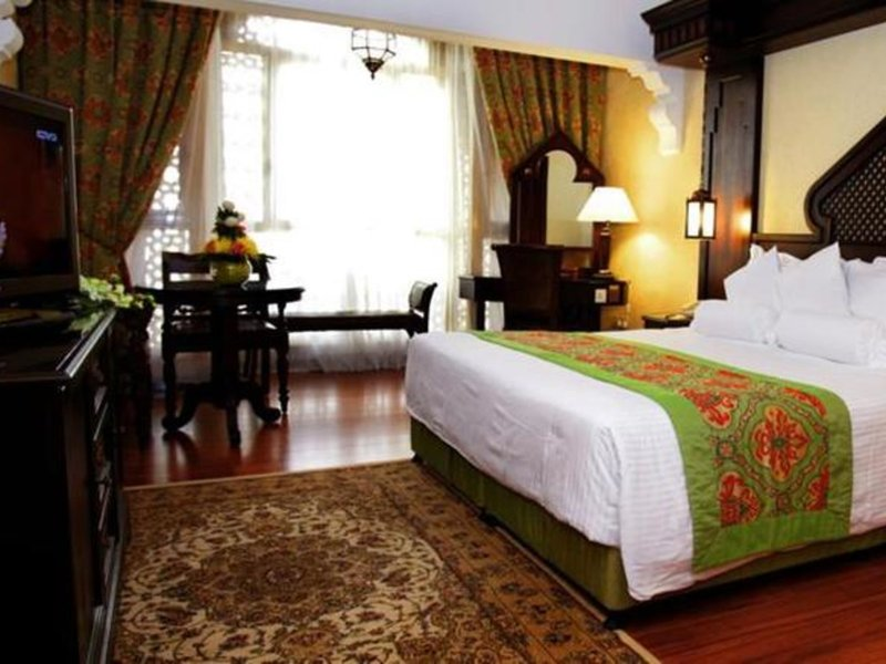 Arabian Courtyard Hotel & Spa 39