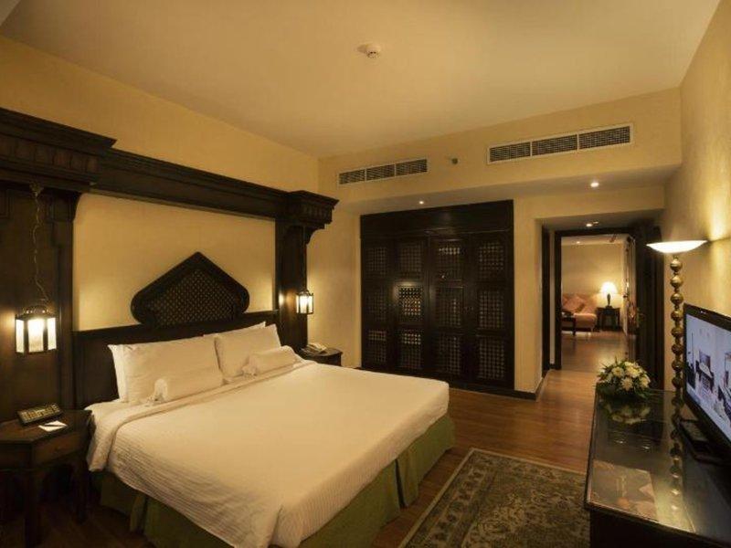 Arabian Courtyard Hotel & Spa 40
