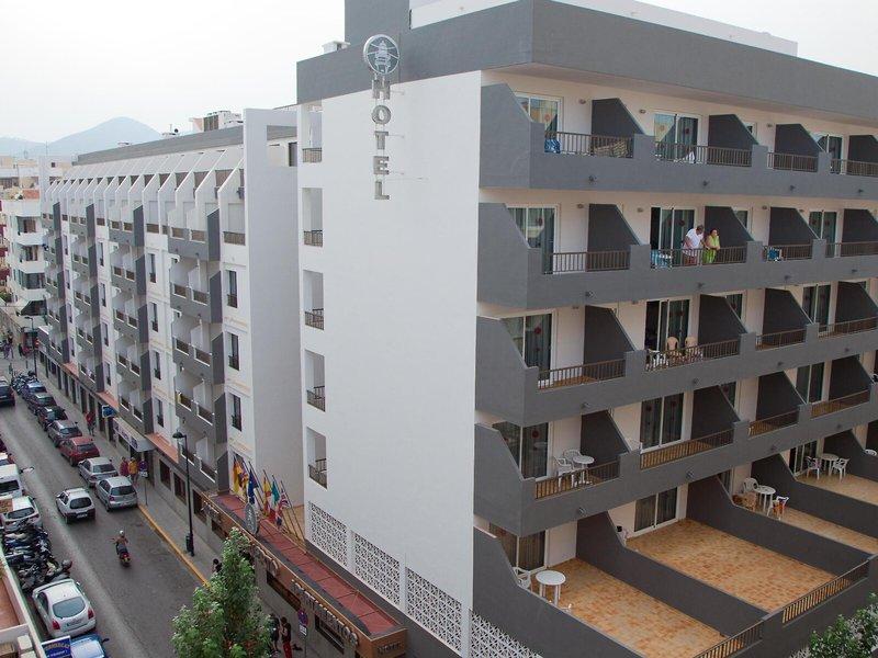 El Puerto Ibiza Hotel & Apartamentos
