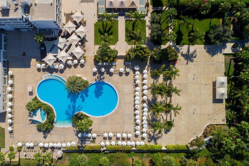 Hilton Nicosia - 2 Popup navigation