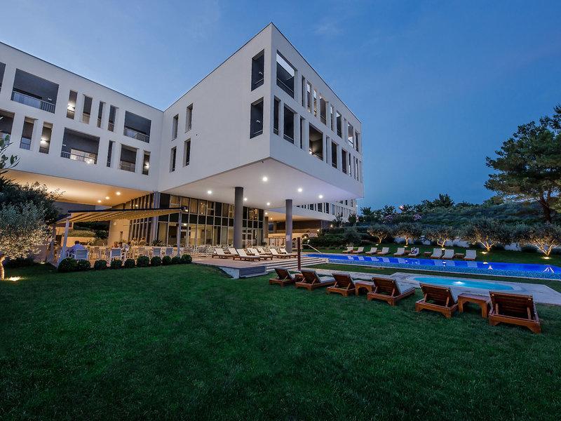 Salona Palace Hotel - 2 Popup navigation