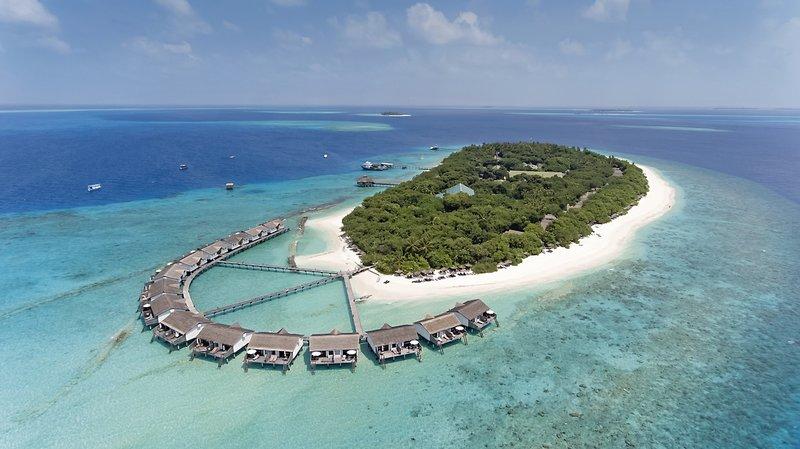 Reethi Beach Resort 2
