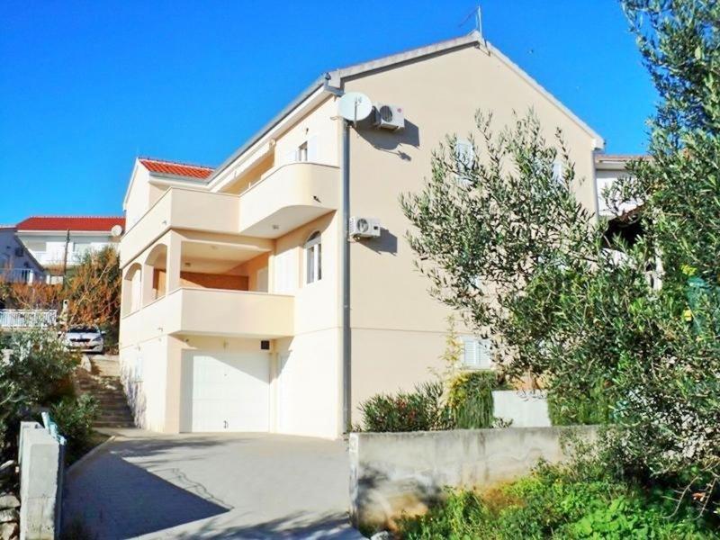 Apartments & Rooms Lijepa - 9