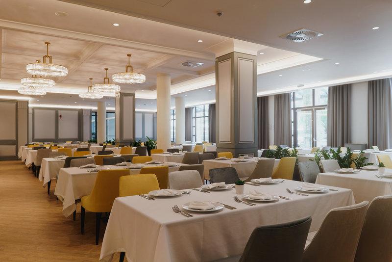 Astor Garden Hotel - 6 Popup navigation