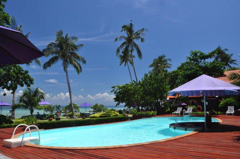 Phi Phi Erawan Palms Resort 1