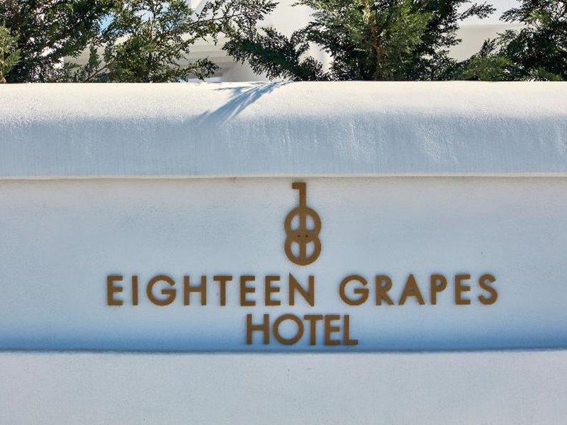 18 Grapes Hotel