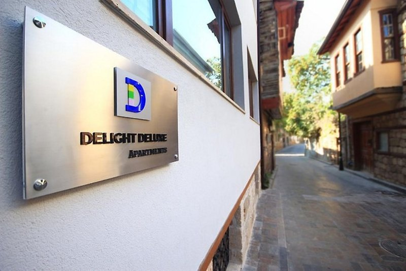 Delight Deluxe Apartments Hotel