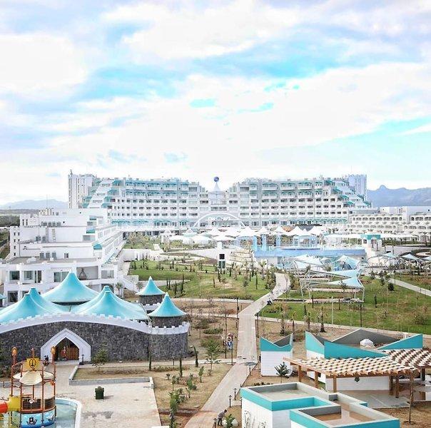 Limak Cyprus De Luxe Hotel & Resort - 3 Popup navigation