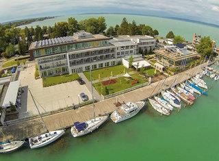 Hotel Yacht