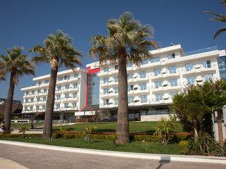 Premium Beach Hotel