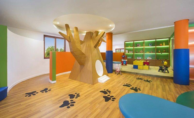 Hilton Ras Al Khaimah Resort & Spa 9